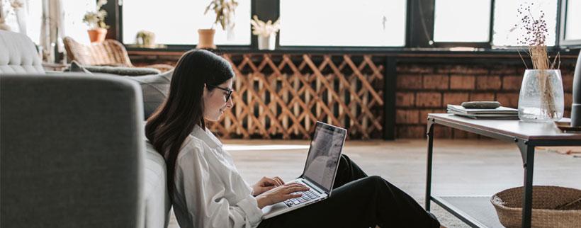 cinco ventajas de estudiar online en el magazine de molismedia